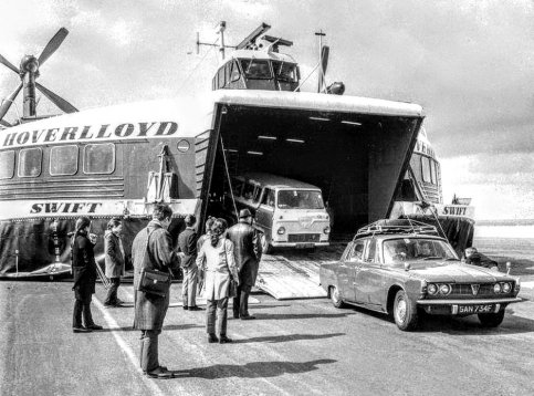 Mooi plaatje  : Rover P6 - Hovercraft